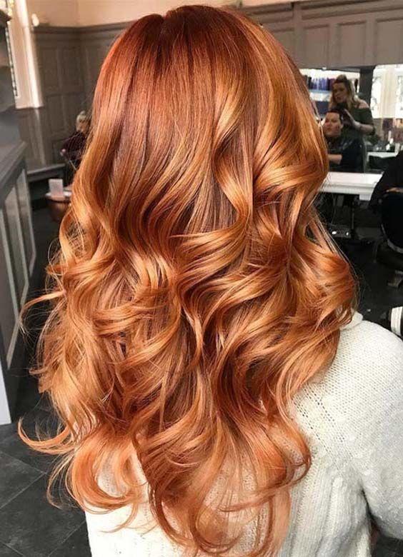 Brune gingembre couleur de cheveux tendance 2021