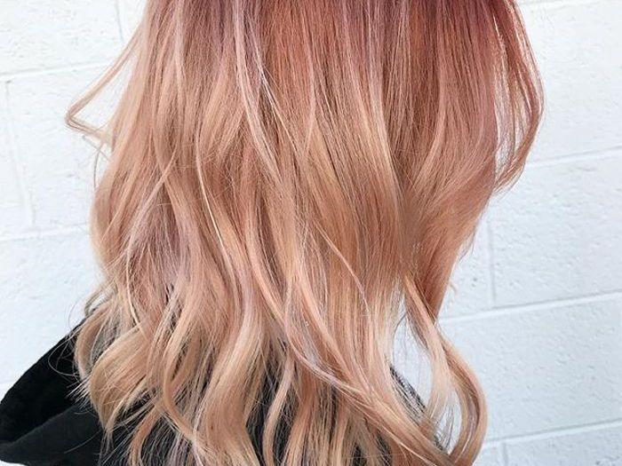 cheveux Blond pêche